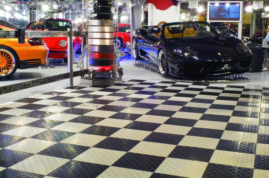 garagenboden bodenbel ge f r industrie und privat an den. Black Bedroom Furniture Sets. Home Design Ideas