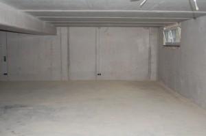 Anwendungsbeispiel – Flexi-Tile als Garagenboden - vorher